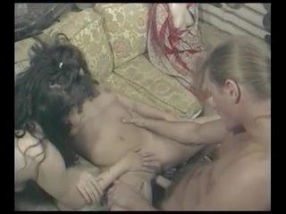Aurinkoinen Leone porno elokuva